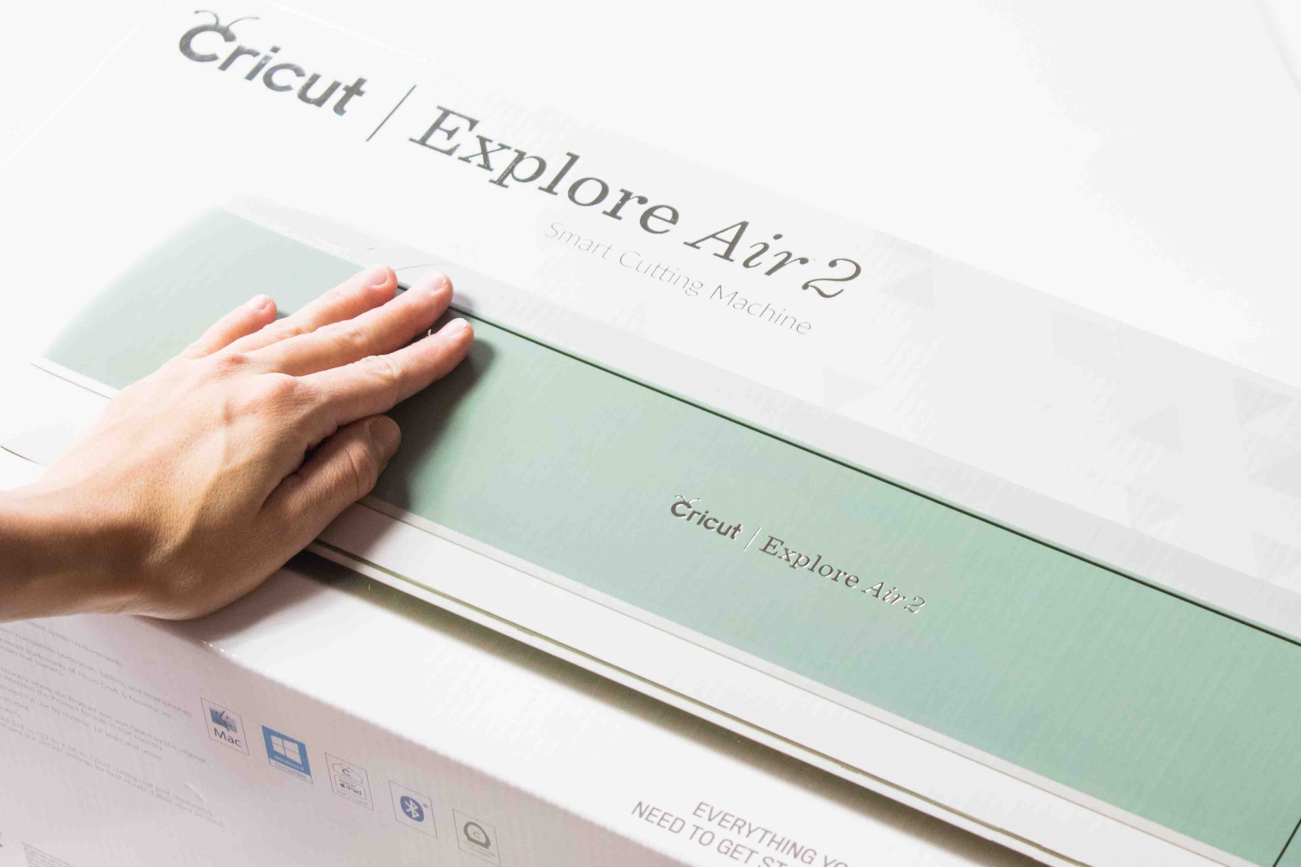 Cricut Explore Air 2 inside the box