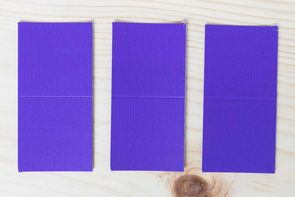Comparing score line with the stylus and wheel tip 01 and 02 on Corrugated Paper