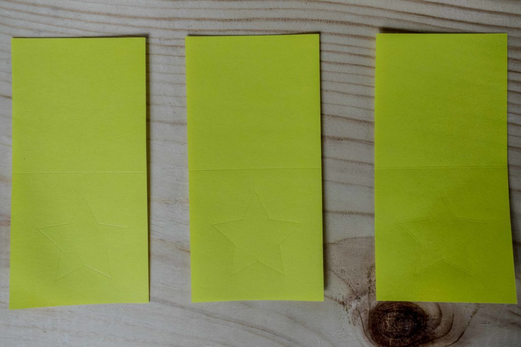 Comparing score line with the stylus and wheel tip 01 and 02 on Construction Paper