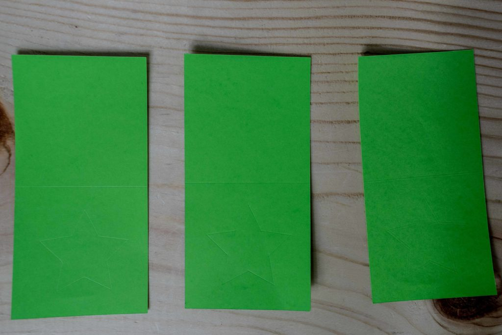 Comparing score line with the stylus and wheel tip 01 and 02 on Cardstock Paper
