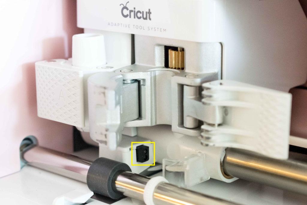 Yellow square pointing adaptive tool system sensor