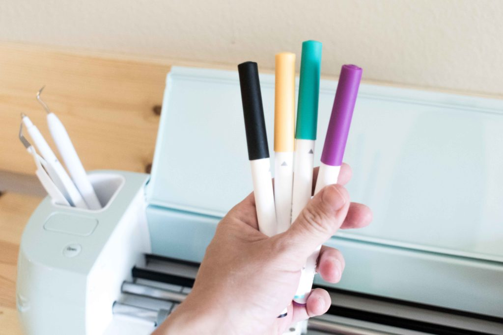 Some of the Cricut Pens that Cricut has available.