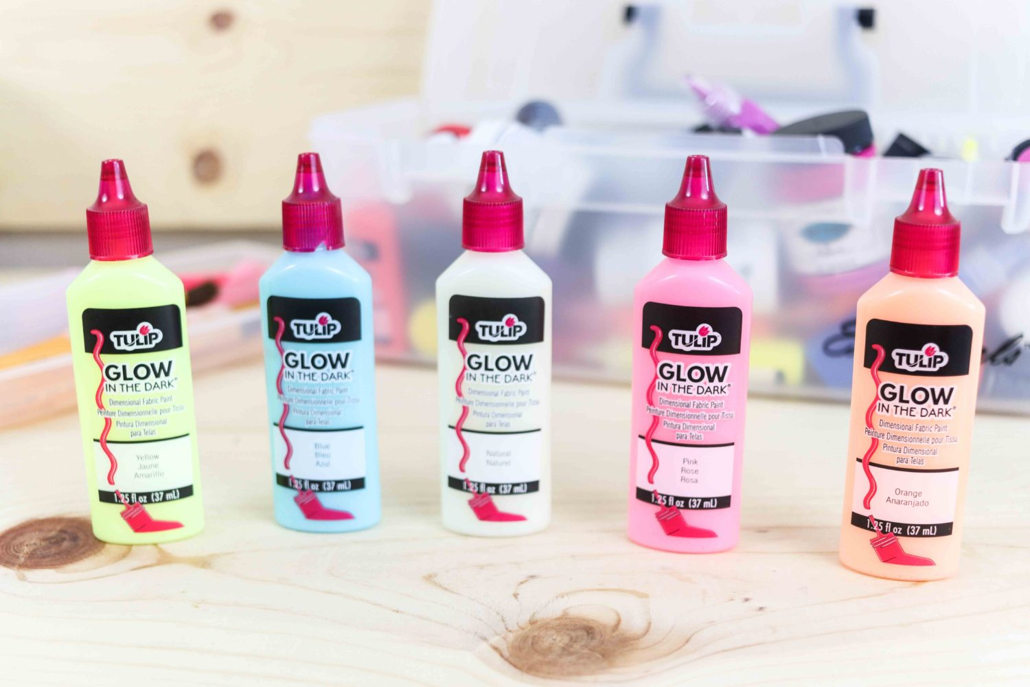 Assorted colors Glow in the dark tulip paint for fabric