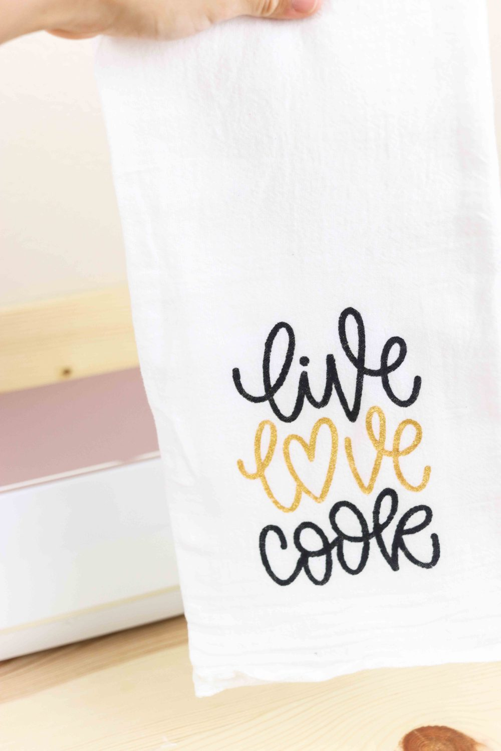 Kitchen towel made with the freezer paper stencil method.