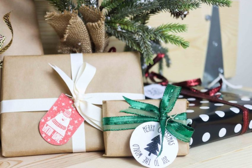 Christmas gift tags printables and small presents under christmas tree