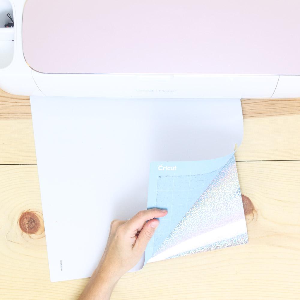 Removing heat transfer vinyl from light grip mat