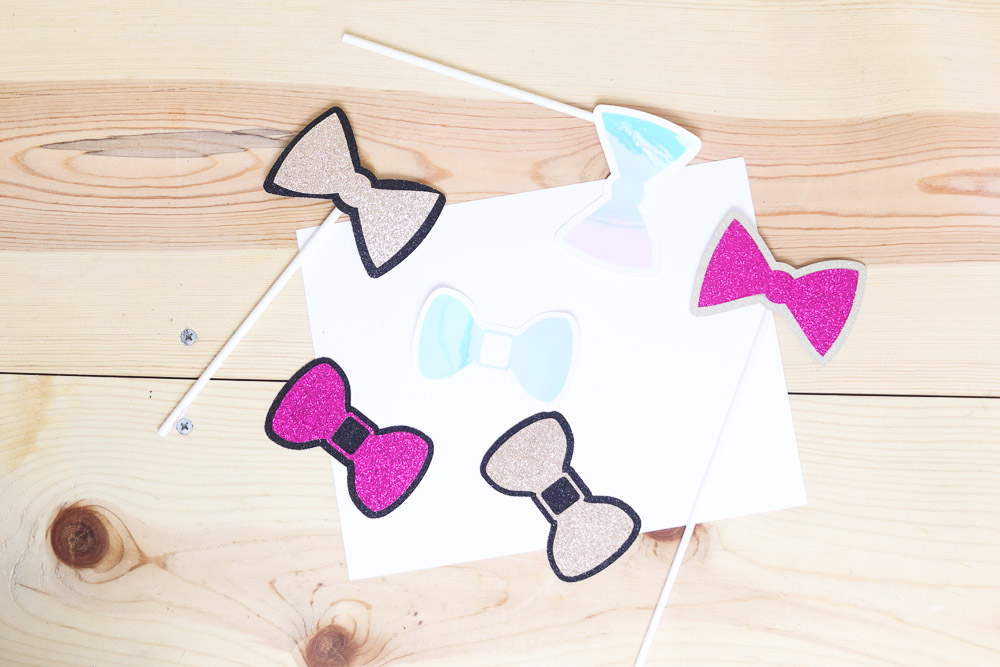 different types of bows made with cricut