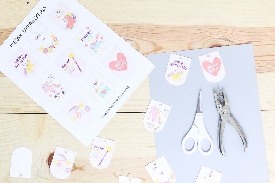 Assorted unicorn gift tags free printables
