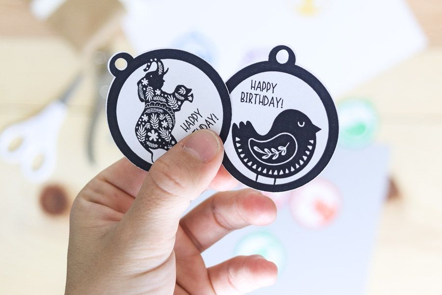 """Black and white """"elephant"""" and """"bird"""" birthday gift tags free printable"""