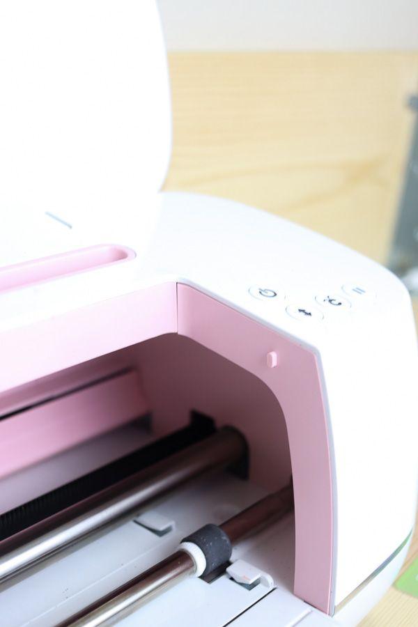 Cricut Maker operating buttons