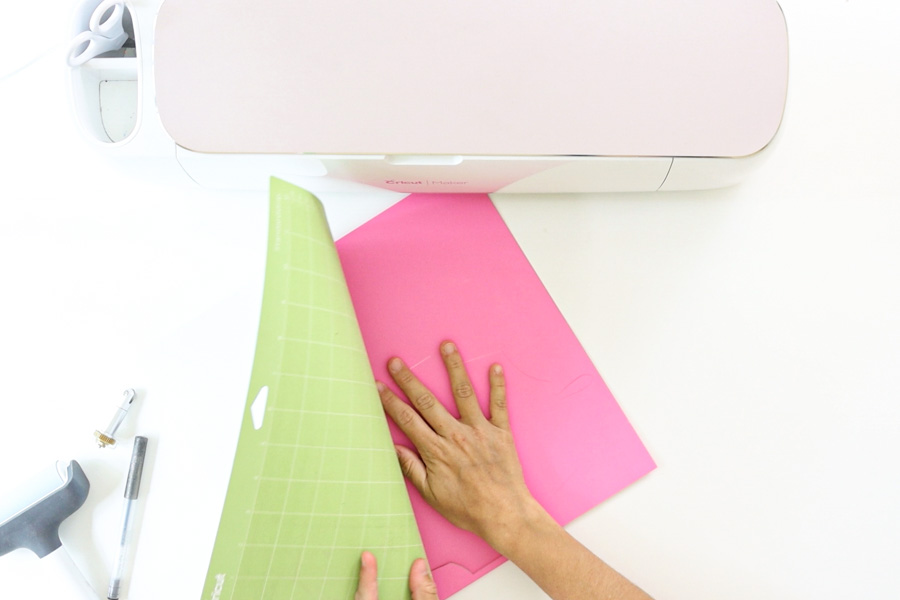 removing cut envelope from cricut mat