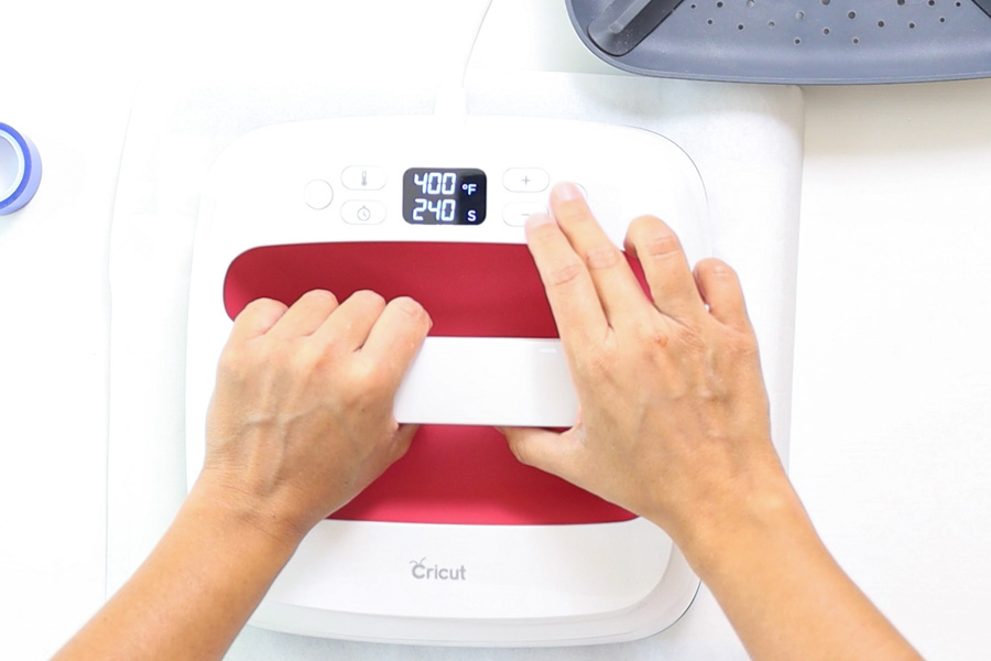 pressing ceramic coaster with easypress 2