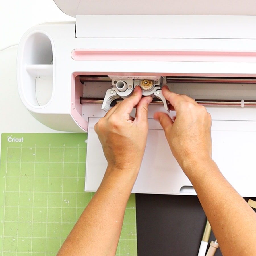 installing perforation blade in Cricut Design Space