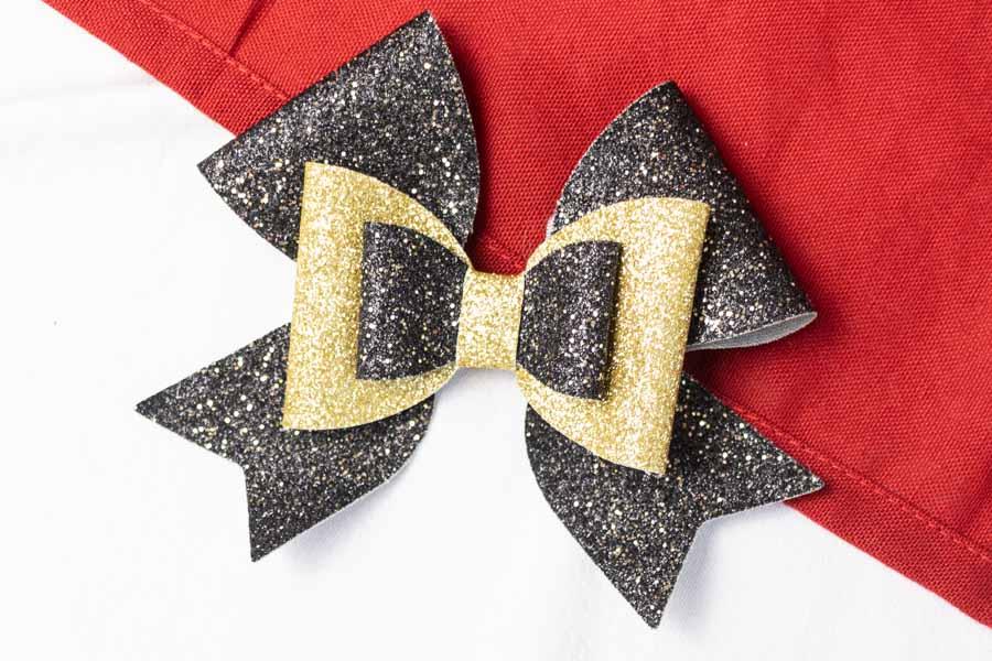 Christmas hair bow made with cricut third option