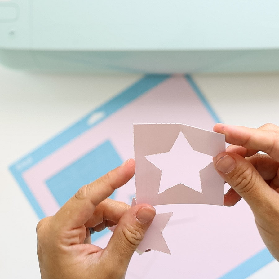 start cut out (perforation)