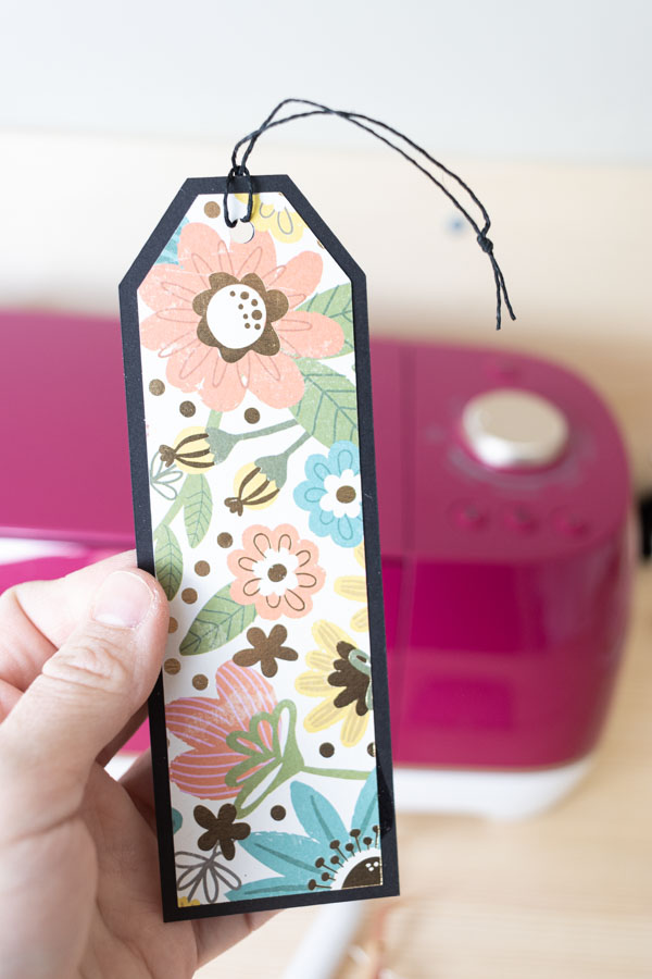 Floral bookmarks made with Cricut