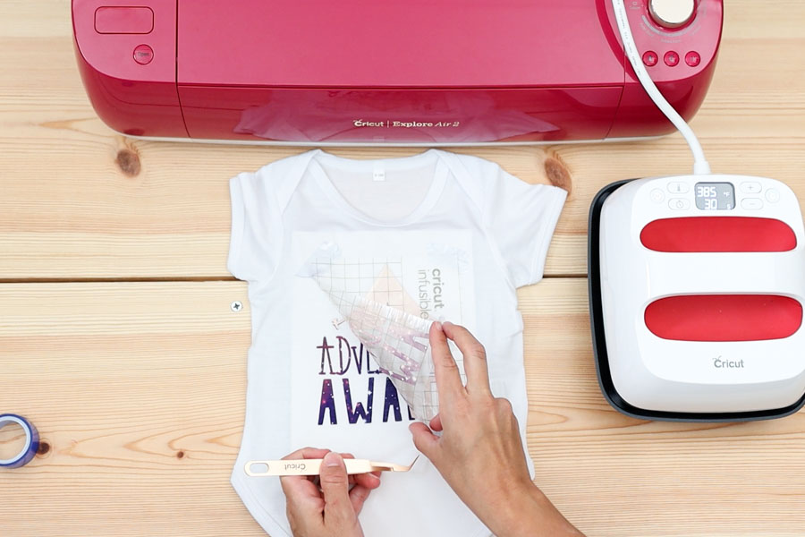 removing liner after pressing Cricut infusible ink