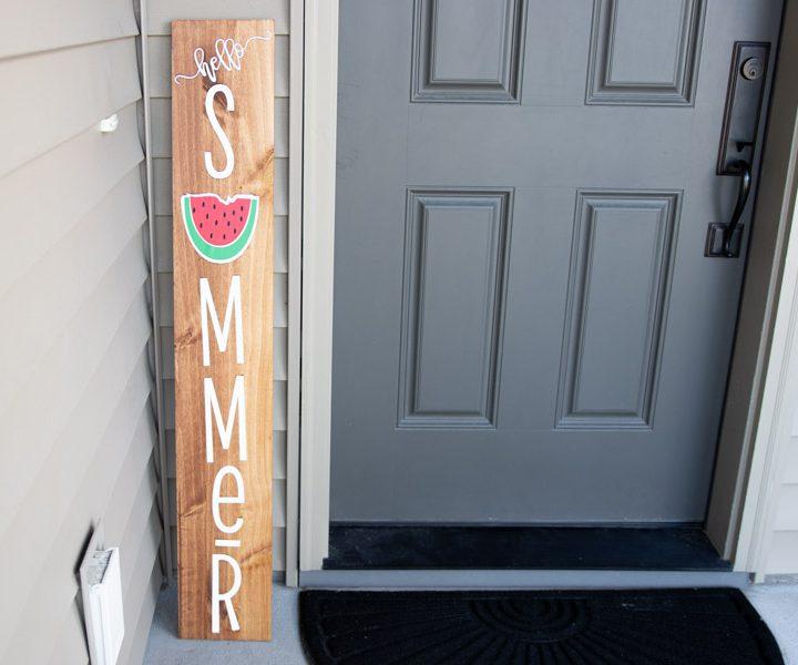 cricut wood sign featured image
