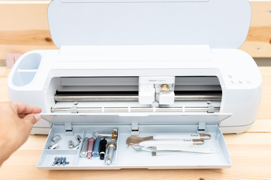 cricut maker 3 with compartments
