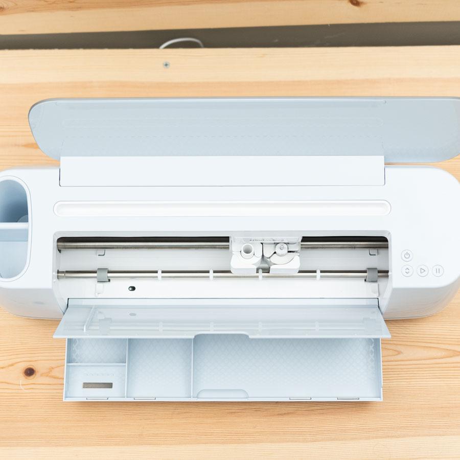 cricut maker 3 storage compartments