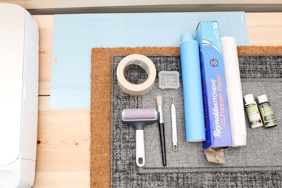 materials for personalizing doormats with cricut